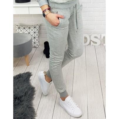 Pohodlné šedé dámské teplákové kalhoty uy0132