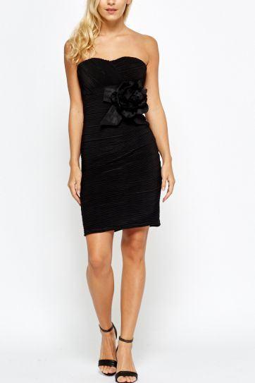 Černé dámské šaty s květem Alora